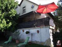 Rákosligeten eladó egy 738 m2 telken elt 53 MFt - 287 m2Eladó családi ház Eladó